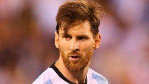 ميسي يعدل عن قرار اعتزال اللعب الدولي