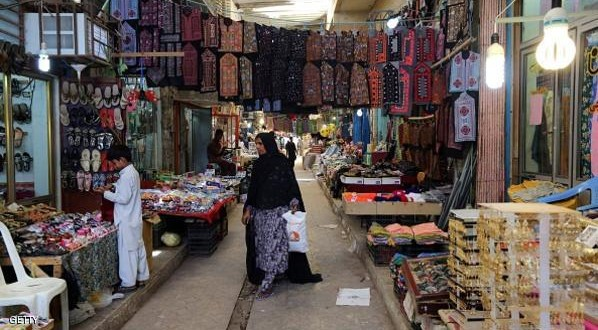 An Iranian woman shops in the old bazaar in the southern Iranian coastal city of Chabahar on May 13, 2015. AFP PHOTO/ ATTA KENARE        (Photo credit should read ATTA KENARE/AFP/Getty Images)