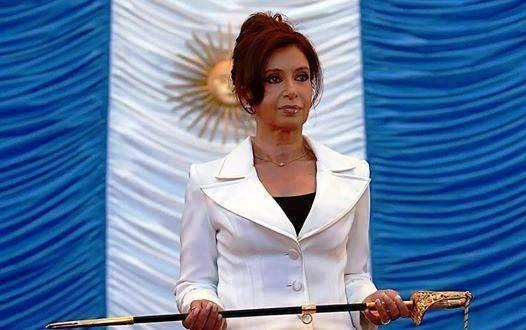 رئيسة الأرجنتين تسقط الجنسية الأرجنتينيه عن