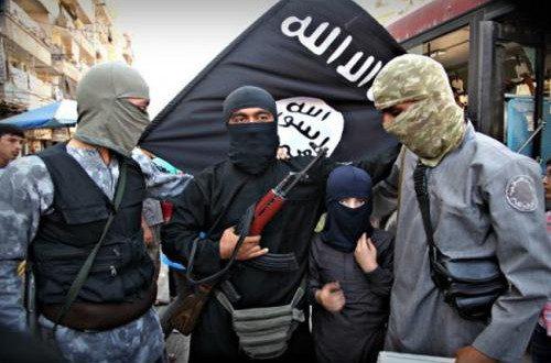 """الاستخبارات الامريكية : """"داعش"""" يخطط لهجوم كبير وعدد مقاتليه يصل الى 30 الف"""