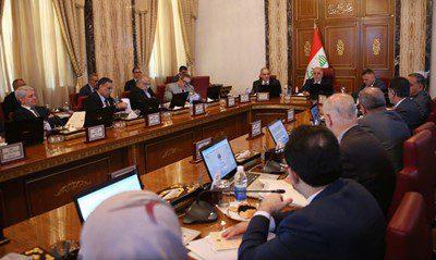 مجلس الوزراء يخول العبادي تخفيض اعداد حراس المسؤولين