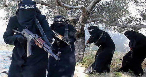 """شبكة عراق الخير والمحبة : سلمت الولايات المتحدة الخميس 7 أغسطس/آب السلطات العراقية أرملة """"أبو سياف""""، القيادي في تنظيم """"داعش""""، والتي كانت قد اعتقلت بعد غارة للتحالف أودت بحياة زوجها شرقي سوريا.  وجاء في بيان لوزارة الدفاع الأمريكية، أن نسرين أسعد إبراهيم المعروفة بـ""""أم سياف"""" قد سلمت إلى وزارة الداخلية في إقليم كردستان العراق، مؤكدة أن """"قرار التسليم مبني على قناعة الحكومة الأمريكية بأن تسليم """"أم سياف"""" للحكومة العراقية يتماشى مع الاعتبارات الشرعية والمخابراتية والأمنية"""".  وأشارت أيضا إلى أن عملية تسليمها """"يتماشى مع سياسة وزارة الدفاع الأمريكية في احتجاز واستجواب الأشخاص الذين يعتقلون في أرض المعركة"""""""