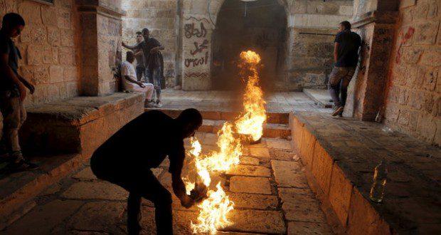 إسرائيل تسمح بقنص ملقي الزجاجات الحارقة على جيشها في القدس