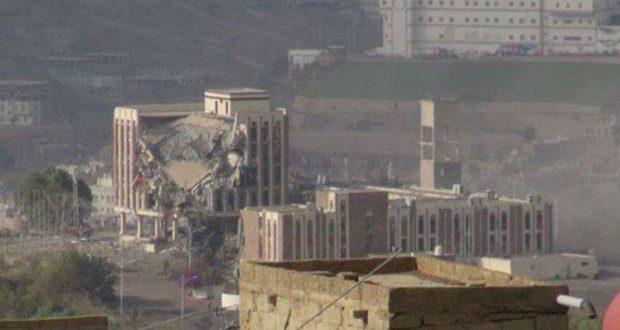 معارك تعز تهدد احتمالات التوصل إلى حل دبلوماسي في اليمن
