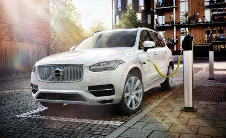 شركة Volvo تتعاون مع شركة مايكروسوفت في سبيل تطوير السيارات الذاتية القيادة