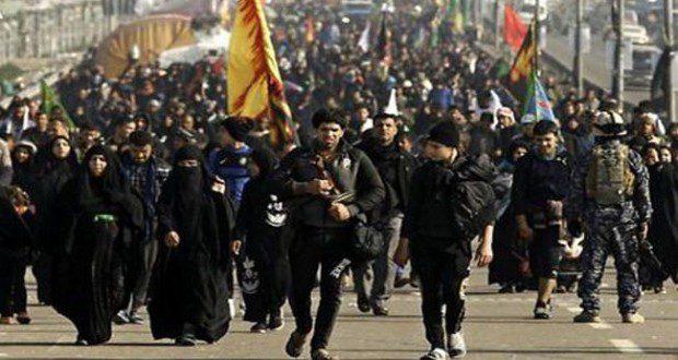 توافد الزوار الإيرانيين إلى كربلاء المقدسة مشياً على الأقدام