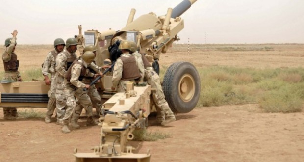 n-M198-155mm-howitzer-crew-with-105th-Field-Artillery-Regiment-5th-Iraqi-Army-Division-loads-a-training-round-i-655x360