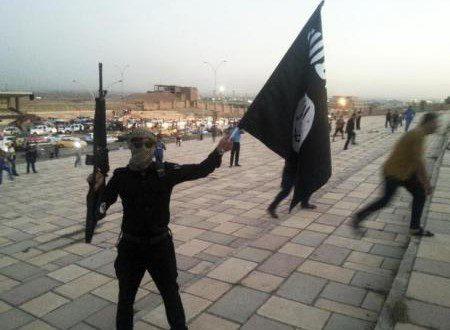 الدولة الإسلامية تقتل 85 آخرين من أفراد عشيرة عراقية
