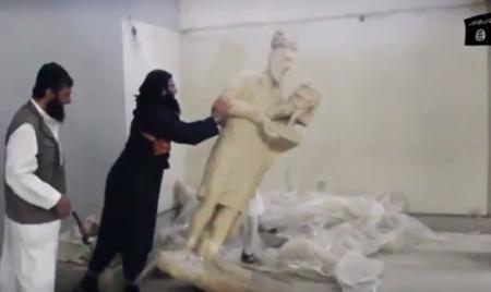 قانون العفو الجديد أعفى داعش من جريمة إتلاف الأثار