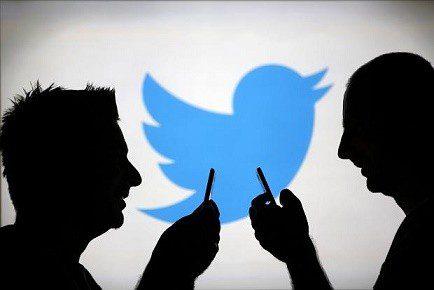 """موقع تويتر يوقف 250 ألف حساب """"داعم للإرهاب"""""""