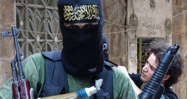 مسلحون تكفيريون في سوريا