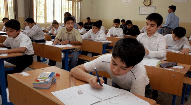 29الطلبة الذين سيؤدون امتحانات الدور الثالث وينجحون منه يحق لهم التقديم على الانسيابية العام المقبل أو التقديم على الكليات الأهلية أو المسائية خلال هذا العام